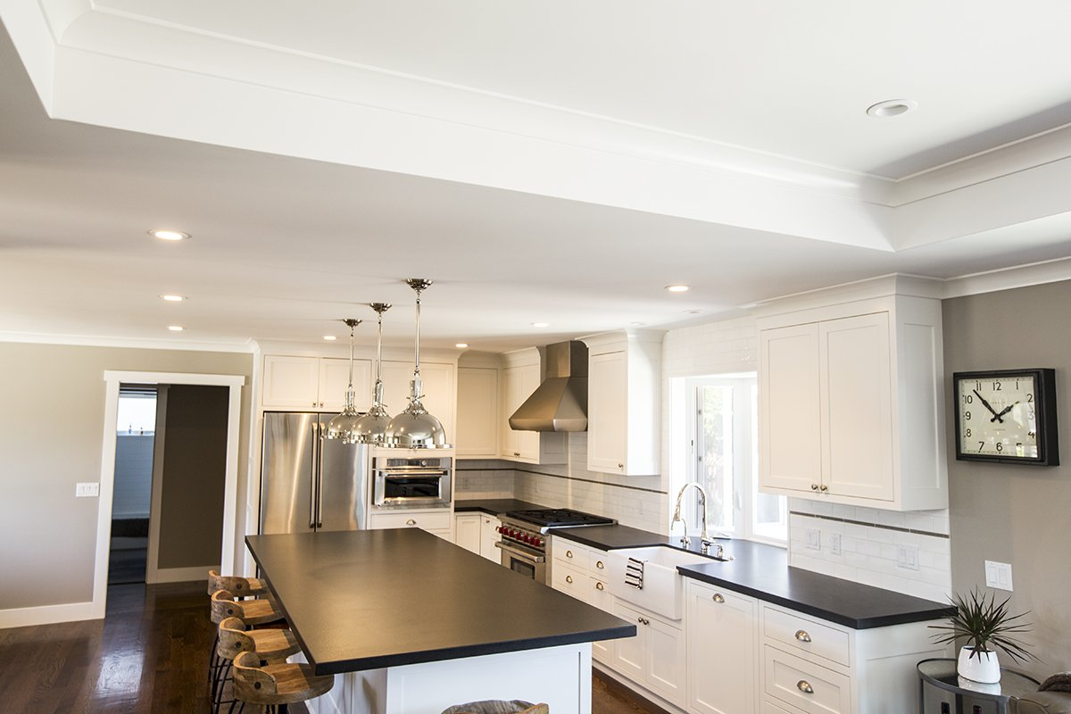 Cabrian Park - clean and modern kitchen remodel