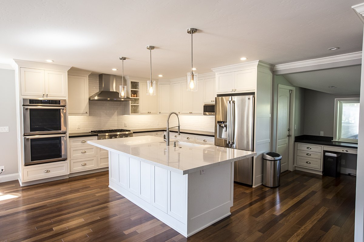 Remmington - Generous kitchen island remodel, cool lighting