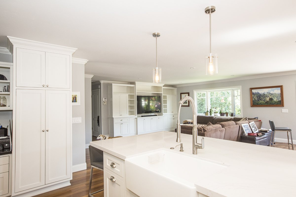 Continuity of design of cabinets and trim in open plan