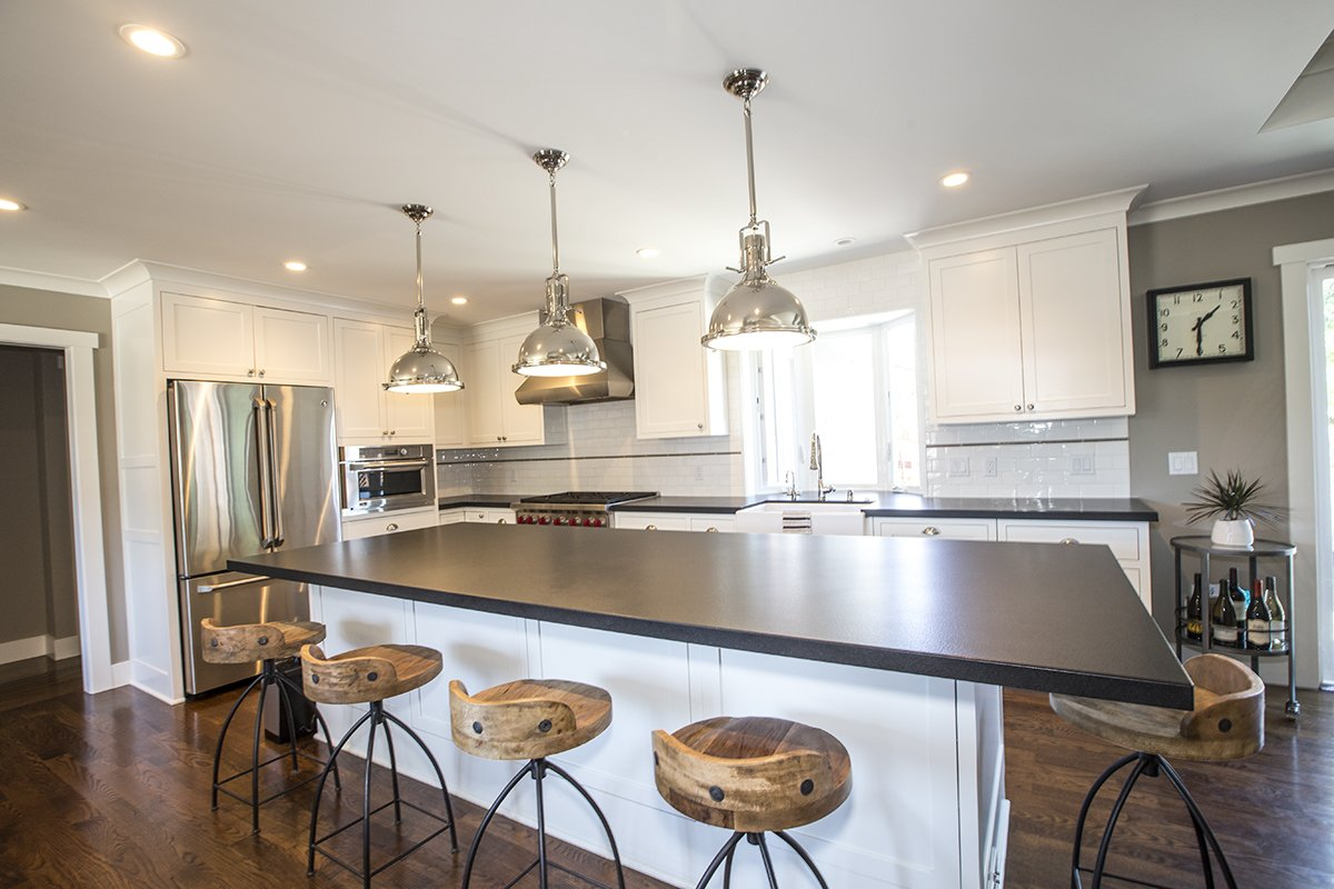 Cabrian Park - modern kitchen appliances